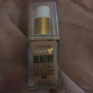 Other - Covergirl healthy exilir foundation